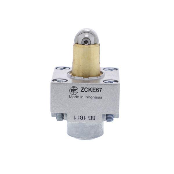ZCKE67_1